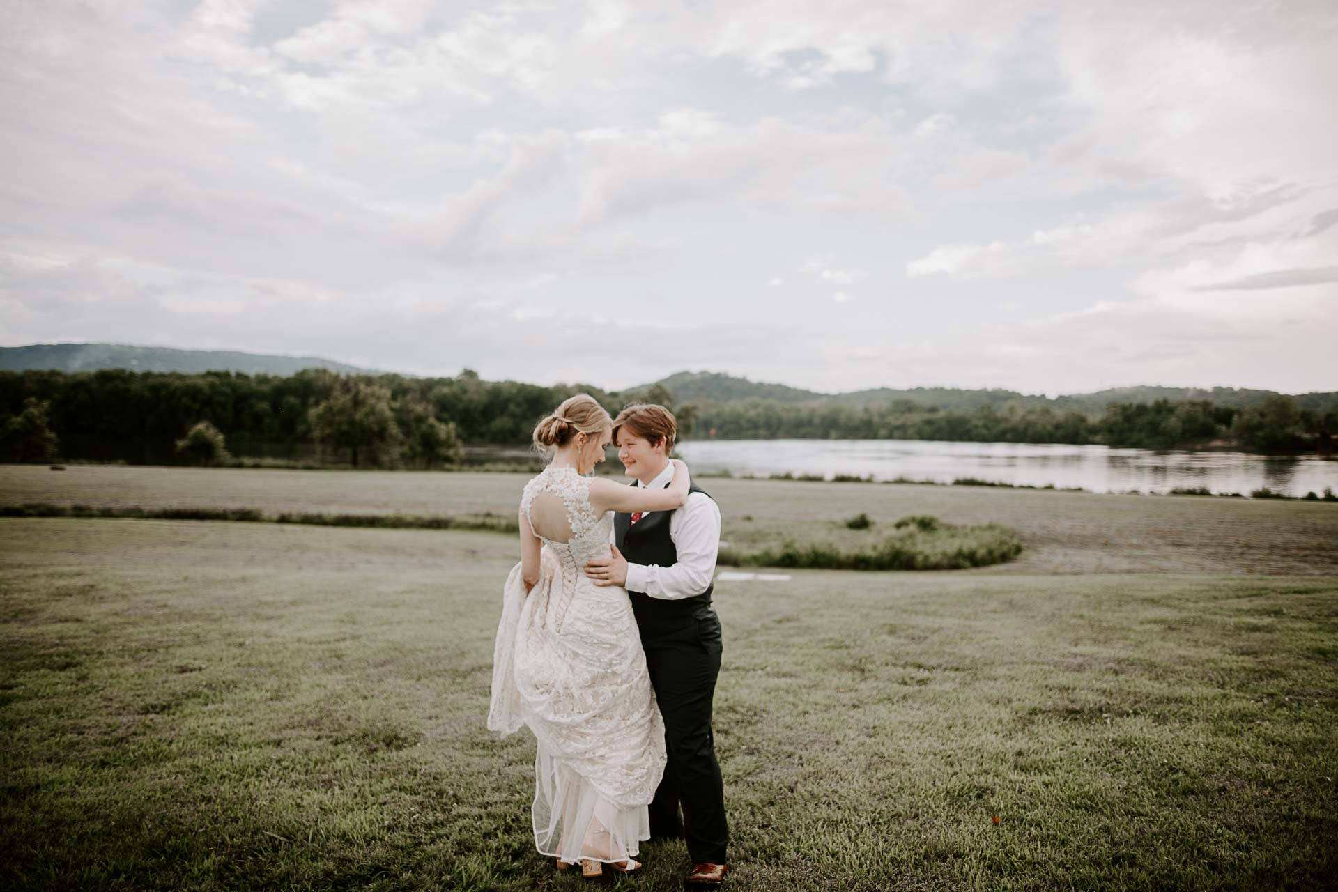 LGBT Tennessee RiverPlace Wedding