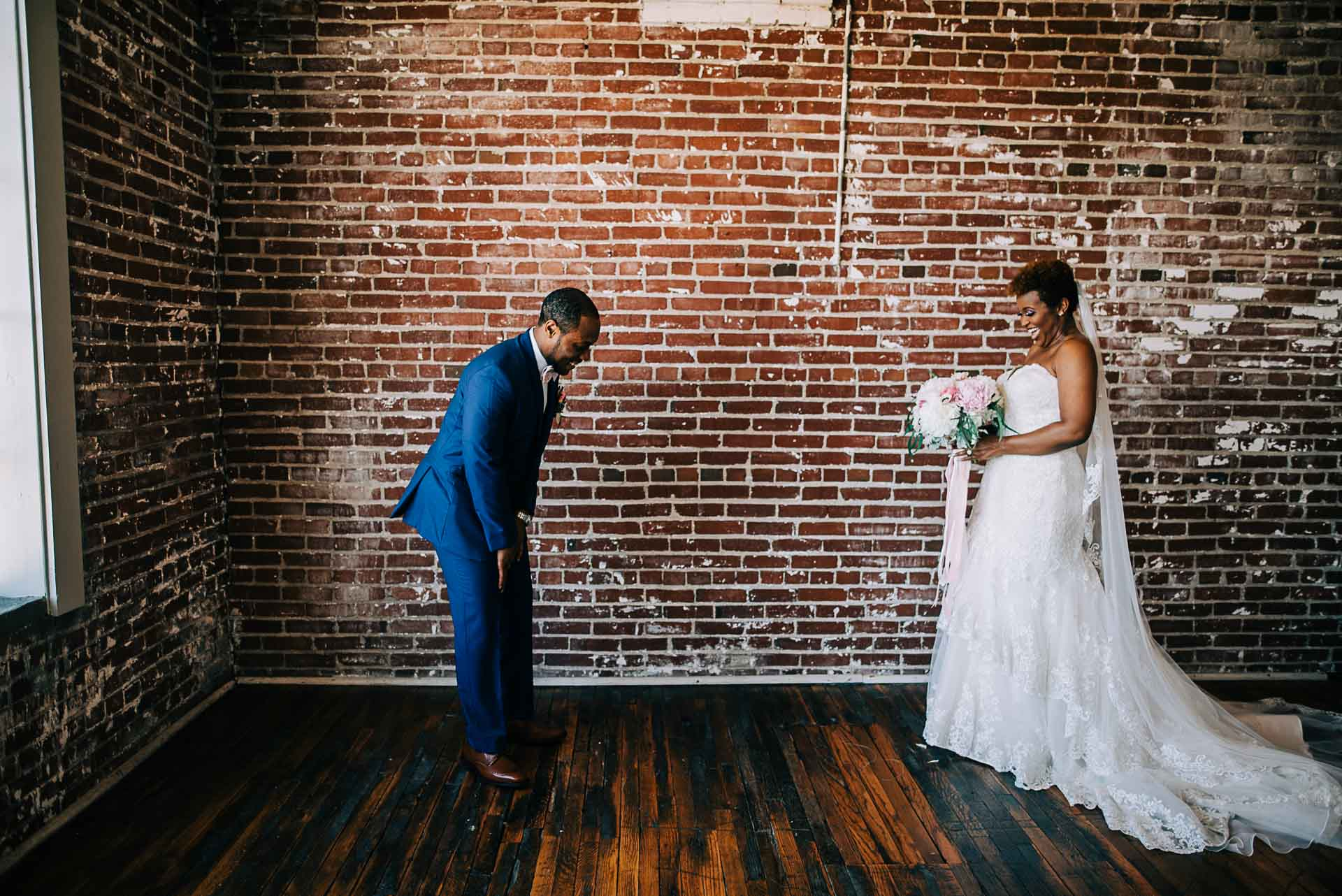 409 south main first look wedding photography