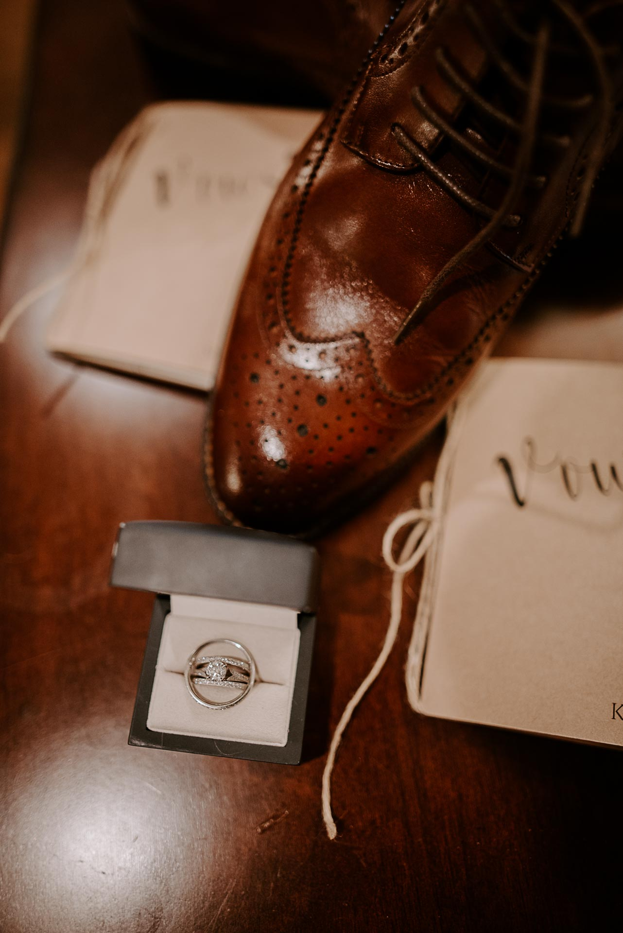 Tennessee Riverplace wedding details chattanooga